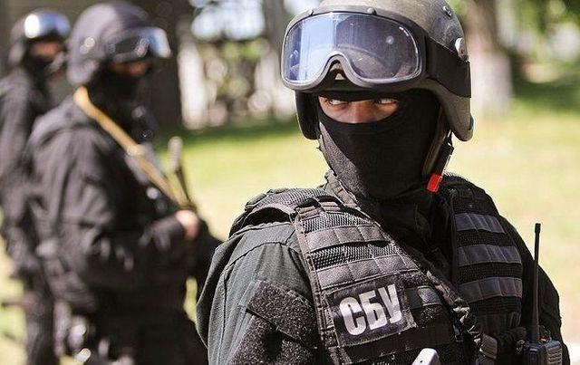 Четверо людей запустили безпілотник біля військової частини вХерсоні - СБУ