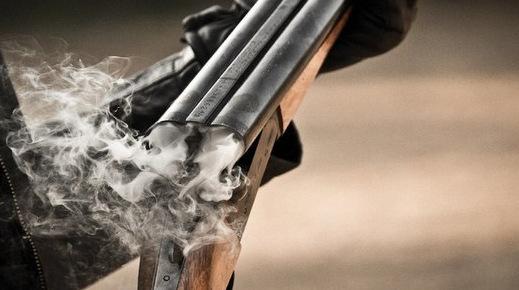 ВОдеській області невідомий розстріляв двох чоловіків удворі житлового будинку