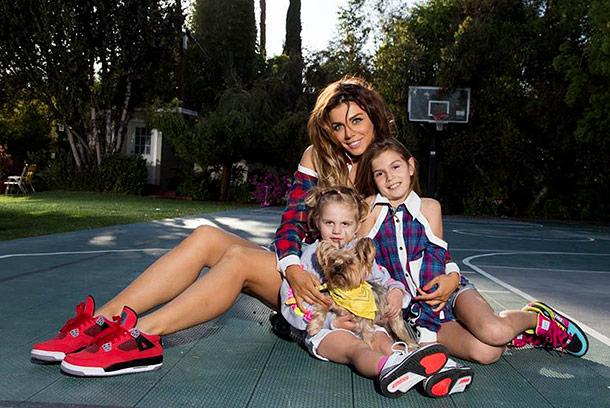 анна седакова фото с детьми
