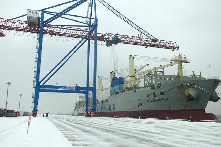 в одеський порт привезли мобільний асфальтний завод