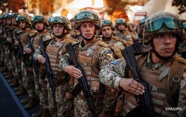 більше половини українців готові захищати країну зі зброєю в руках