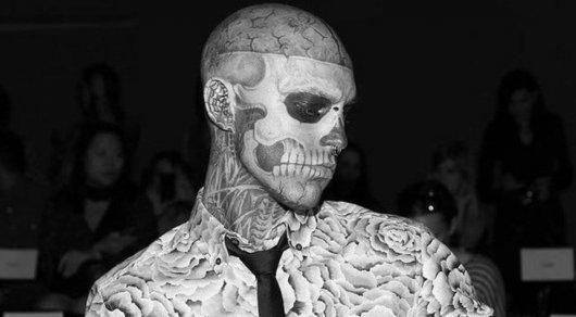 zombie boy наклав на себе руки