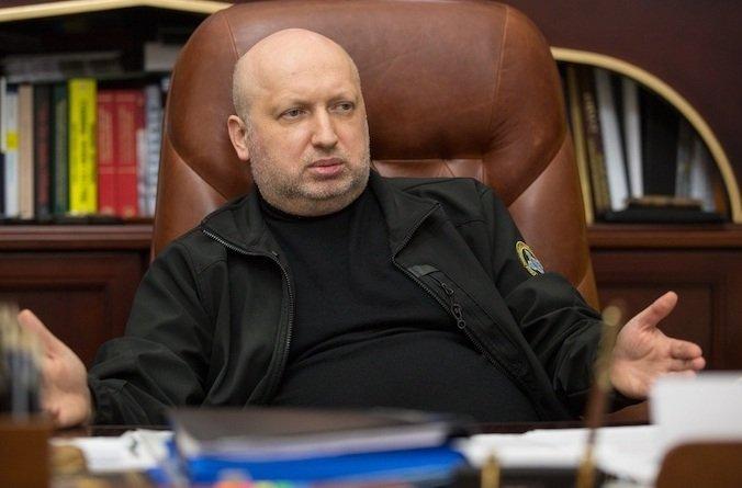 турчинов розповів, чому на атакував армію рф у криму