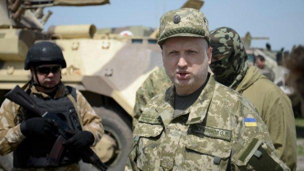 Російські гібридні війська щодня намагаються прорвати оборону врайоні Бахмутської траси