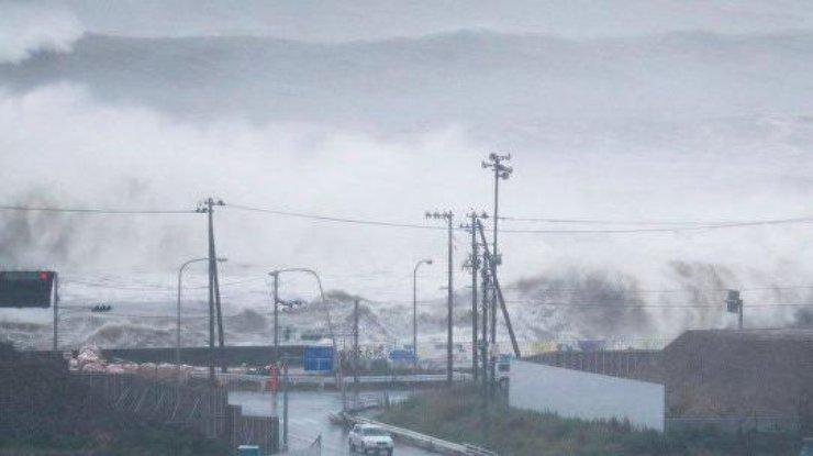ВЯпонії скасували понад 40 авіарейсів через тайфун