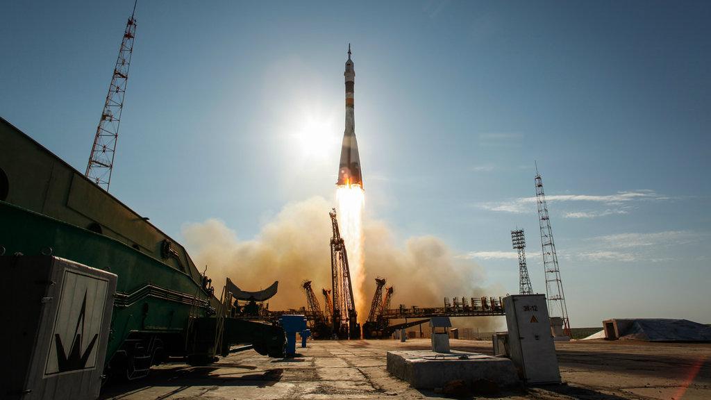 УКазахстані впала частина російської ракети, є жертва
